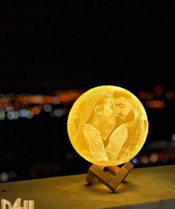 מתנות גאדג'ט מנורת ירח תלת מימד בהקדשה אישית עם תמונה-24