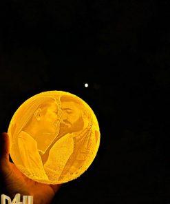 מתנות גאדג'ט מנורת ירח תלת מימד בהקדשה אישית עם תמונה-8